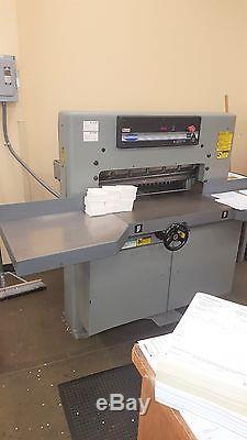 1995 Challenge 305MC paper cutter