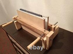 Book binding press